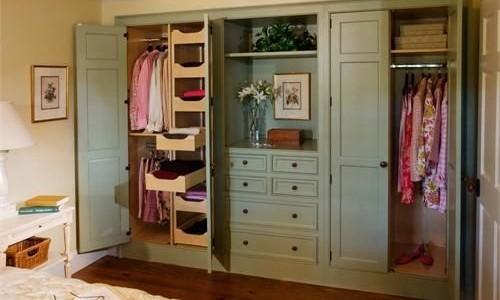 Skříně – prapotřebný úložný prostor