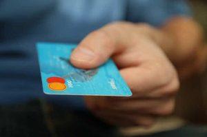 anonymní platební karta